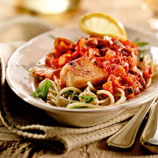 Tilapiafilet In Tomatensaus Met Rucola-pestospaghetti