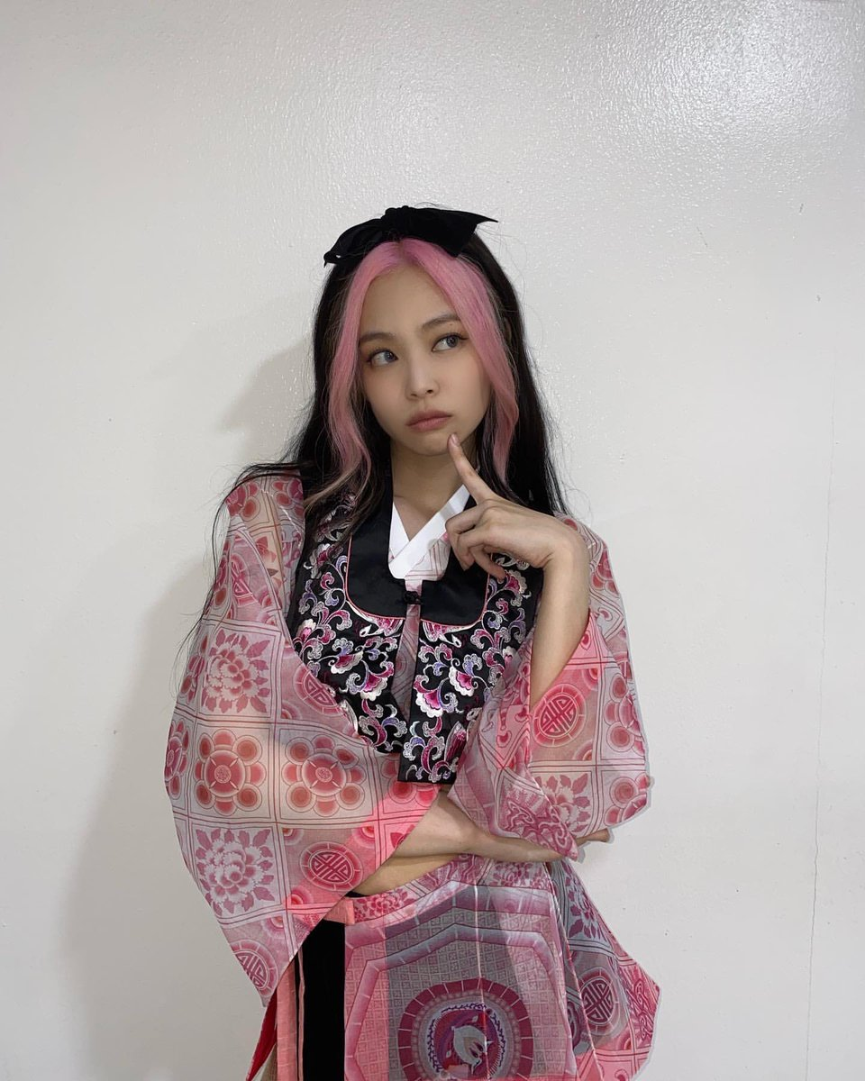 hanbok jennie