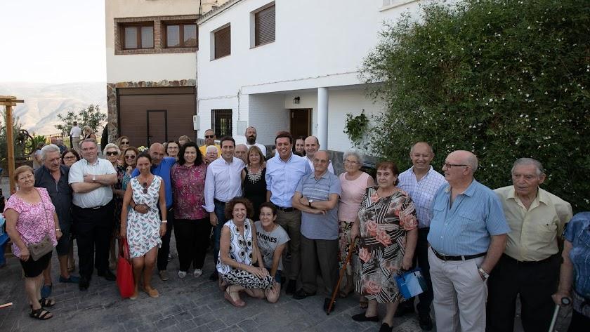Inauguración del Albergue Municipal con la presencia de vecinos y autoridades.