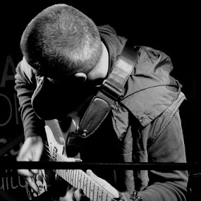 the performance of a guitarist by Renato Dibelčar - People Musicians & Entertainers ( music, slovenija, performance, slowenien, slovenia, guitarist, musician, maribor, mann, man )