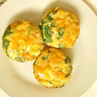 Turkey Bacon, Egg and Veggie Frittata Minis.
