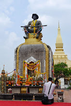 Photo: Statue of King Setthathirat, in front of Pha That Luang, who moved the capital from Luang Prabang to Vientiane in 1566