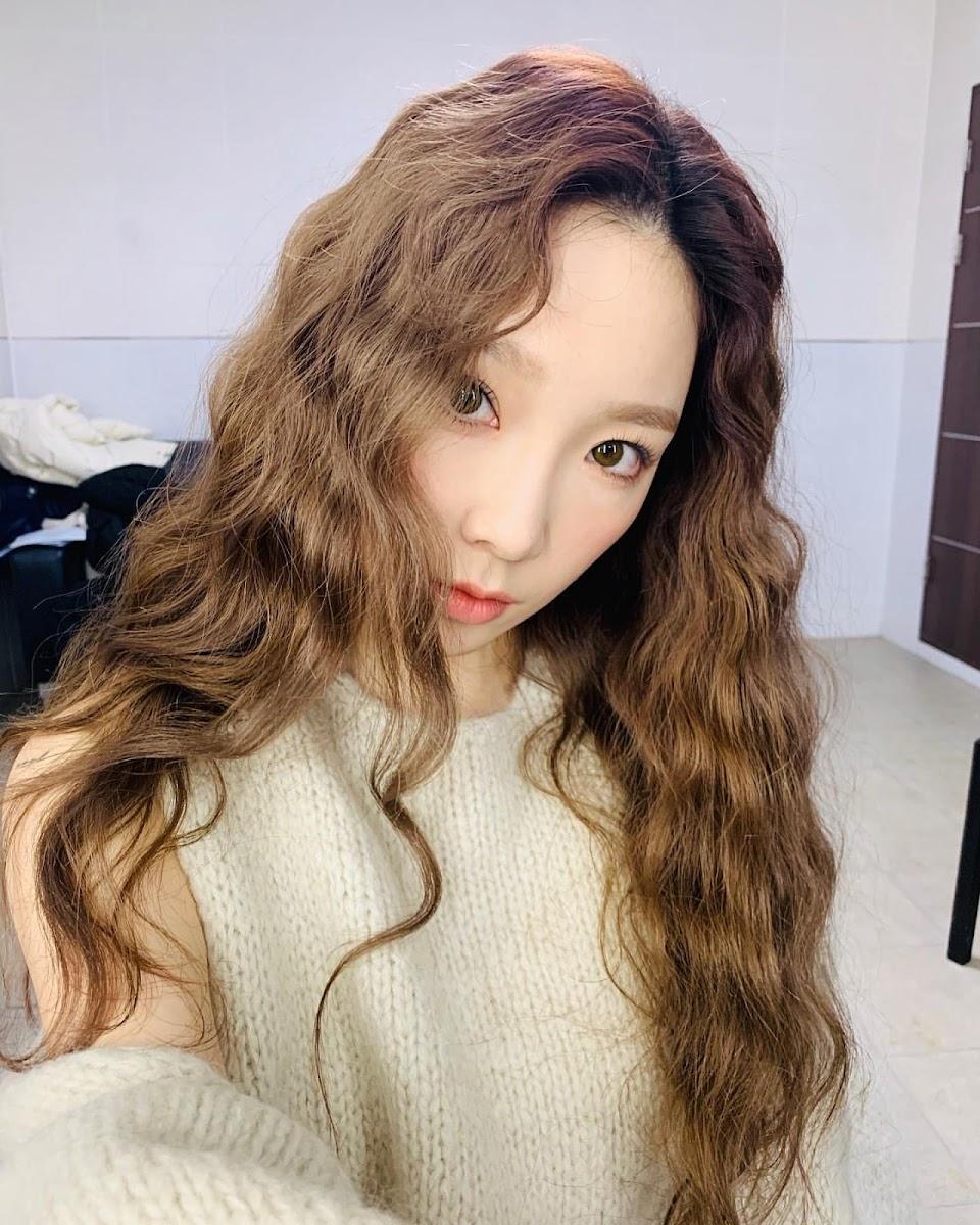 taeyeon curly 1