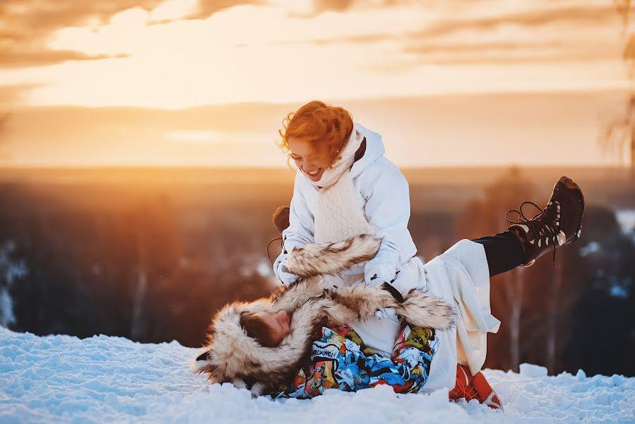 Wedding photographer Yuriy Palshin (Yurman). Photo of 13.04.2015