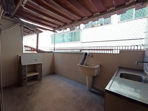 Sobrado com 3 dormitórios para alugar, 120 m² por R$ 1.800,00 - Icaraí - Niterói/RJ