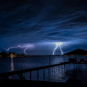Lightning by Jeff Fahrenbruch - Landscapes Weather ( clouds, lightning, texas, night, lake )