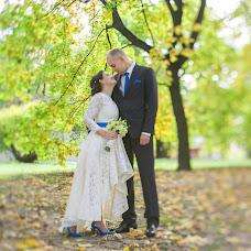 Wedding photographer Anna Malyuka (HappyAnnet). Photo of 10.04.2016