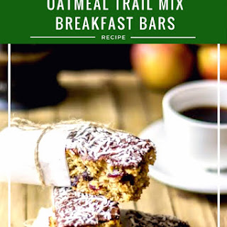 Oatmeal Trail Mix Breakfast Bars