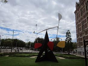 Photo: Calder przed Rijksmuseum