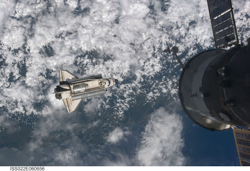 Space Shuttle Endeavour Arrival to the ISS during Expedition 22