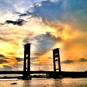 sunset at ampera brigde by Ardhy Muhammad - Instagram & Mobile iPhone