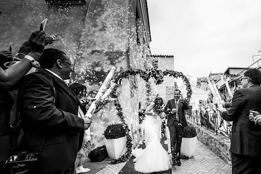 Wedding photographer Leonardo Scarriglia (leonardoscarrig). Photo of 02.12.2017