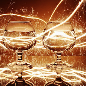 Double glass and sparkle trail by Peter Salmon - Artistic Objects Glass ( glasses, trail, glass, glow, sparklers )