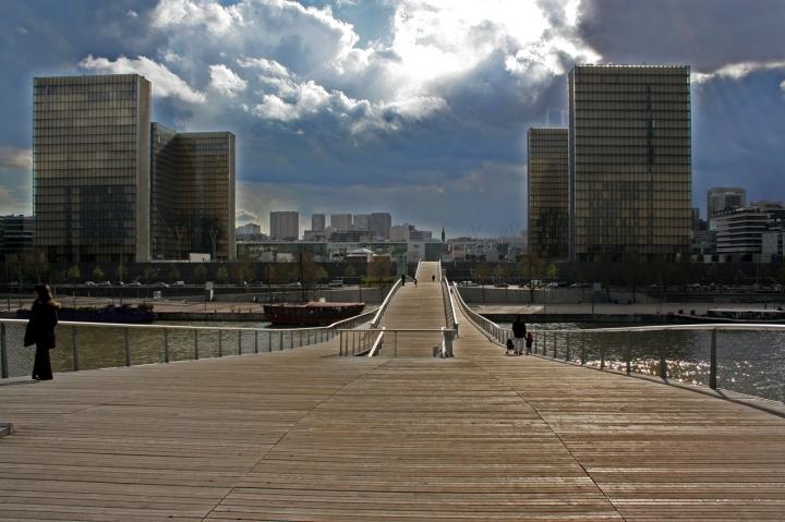 Le pont de la Défense di CobraPel