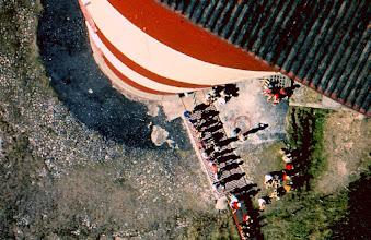 Photo: Vom Leuchtturm senkrecht nach unten