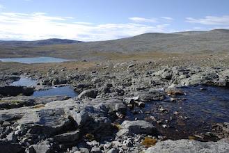 Kuva: Rauhallista maisemaa, vaikka kuinka yritti kiikarilla katsella, niin ei ketään muita kulkijoita ollut havaittavissa