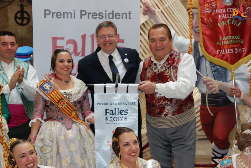 Ximo Puig entregó el Premio Generalitat a la mejor Falla de Primera B