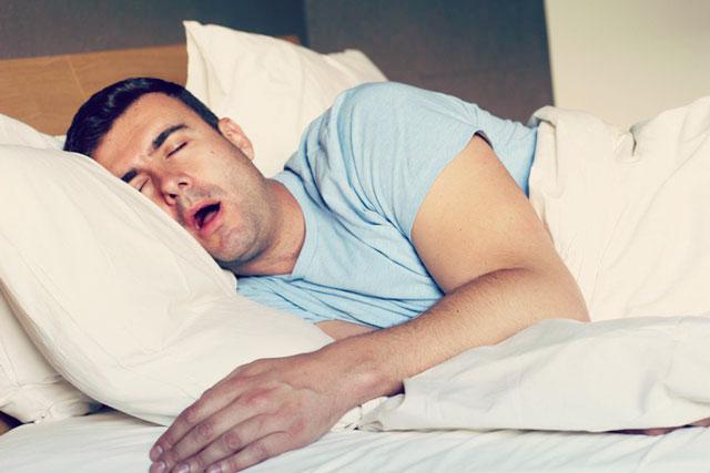 いびき が うるさく て 眠れ ない