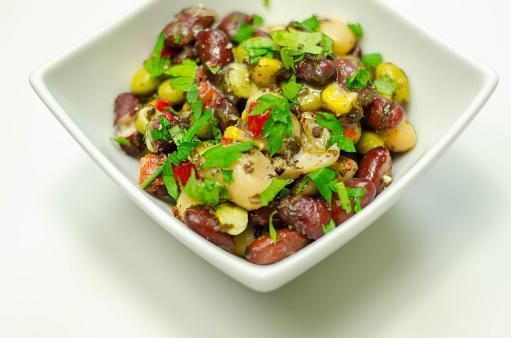 https://media.istockphoto.com/photos/kidney-beans-butter-beans-and-edamame-beans-with-sweetcorn-and-red-picture-id1210342771?b=1&k=6&m=1210342771&s=170667a&w=0&h=pNW8P0SRpMX3TbG3rBOvT1-pupbqW_JOmxwJAnGJf0w=
