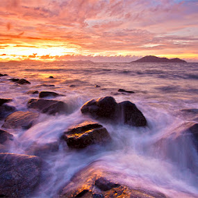 Litle Heaven  by Yohanes Irawan - Landscapes Waterscapes ( sunset, singkawang )