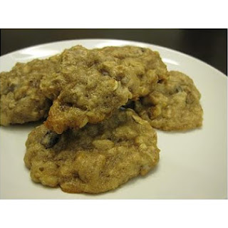 Vegan Oatmeal Raisin Cookies.