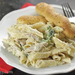 Easy Chicken & Broccoli Fettuccine Alfredo.