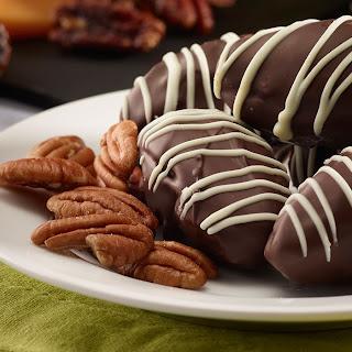 Medjool Date Pecan Chocolate Truffles