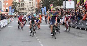 La Vuelta Ciclista ha sido un impulso para el turismo en Roquetas de Mar.