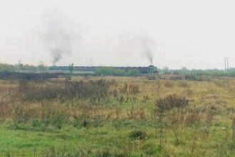 Photo: SM42-? na czele i SM42-457 na popychu ze składem ładownych węglarek do EC Toruń Zachód {szlak Toruń Wschodni - Toruń Północny; 2003-10-20}