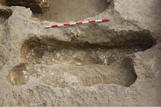 Photo: Aspecto de las tumbas una vez vaciadas.