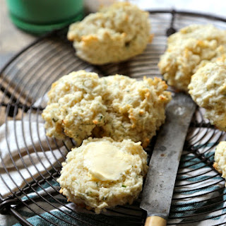 Easy Herb Buttermilk Drop Biscuits