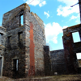 Still standing by Moe Cusick - Buildings & Architecture Decaying & Abandoned ( history, goddard mansion, mansion, maine, decaying, abandoned )
