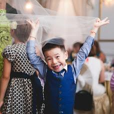 Wedding photographer Rogneda Razumovskaya (Rogneda). Photo of 16.10.2014