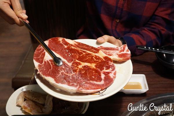 燒肉眾 精緻炭火燒肉 大安店 多種價位吃到飽 肉質還OK 甜點比主餐有特色多了!(東區)