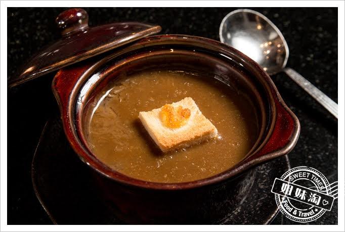 家蒂諾鐵板燒溫莎花園法式洋蔥濃湯