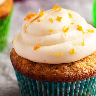 Moist Carrot Cake Cupcakes with Cream Cheese Frosting