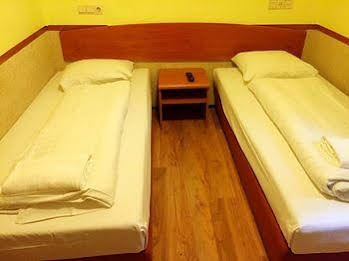 Orange Tulip Hotel Amsterdam - Hostel