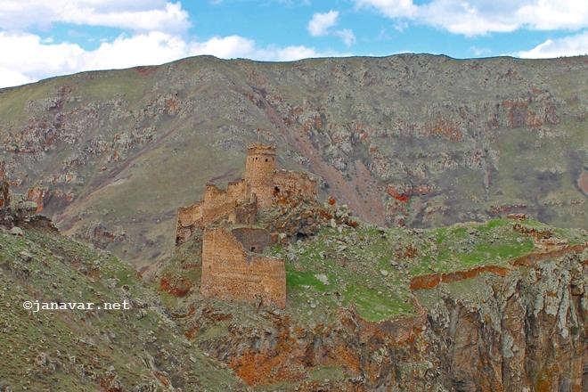 Travel: Castles in Eastern Turkey: Şeytan Kalesi, Çıldır