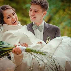 Wedding photographer Kristina Kotova (Sharlotka). Photo of 09.10.2013