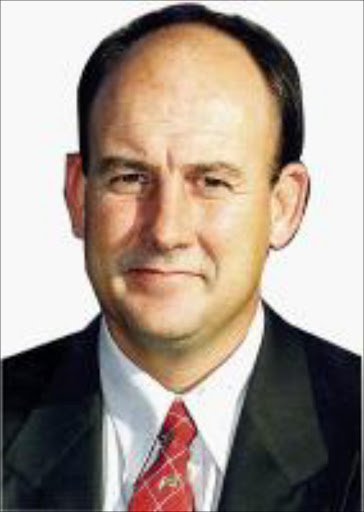 CONSIDERATION: Athol Trollip.   MISLED: Atholl Trollip, of the DA, features on Parliament. 18/10/02. © The Herald.  FM. 16/3/07 PG 16. Athol Trollip.