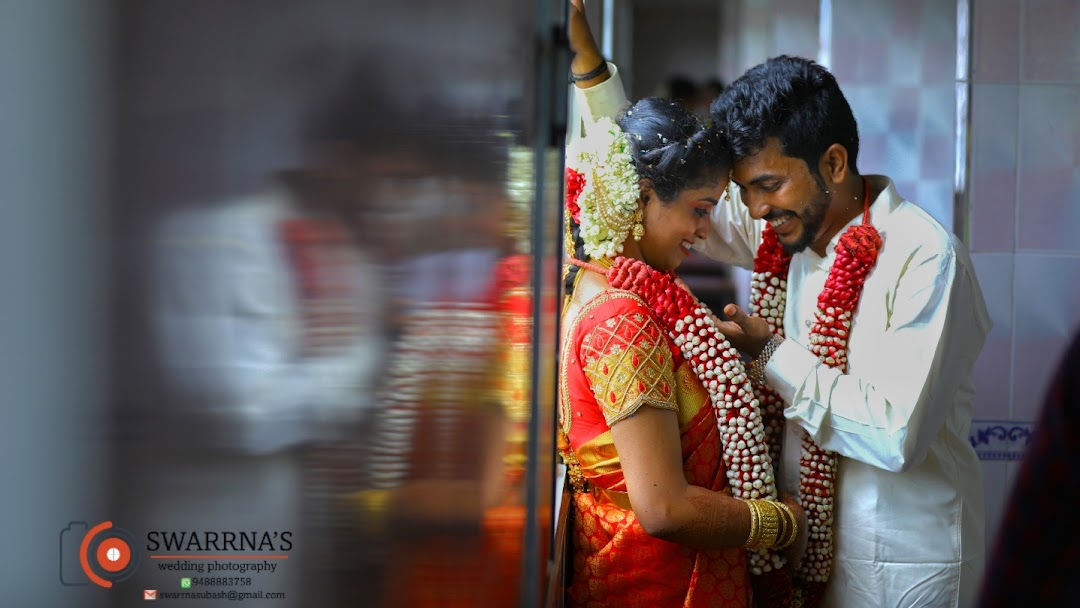 Swarrna Studios Wedding Photography Videography Candid Photography Wedding Photographer In Ramanparampu