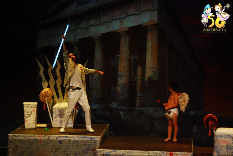 Exitoso debut de Valga'm Zeus en la rambleta @JCF_Valencia #vinealteatrefaller #viuelteatrefaller