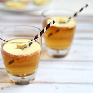Cinnamon Apple Hard Cider Cocktail.