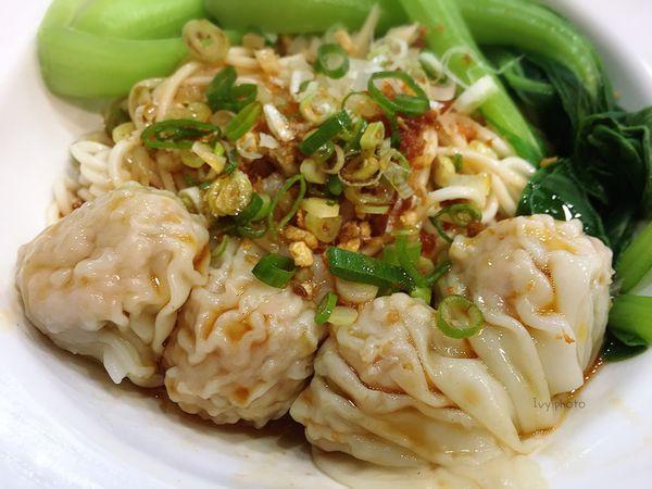 用點心,做點心的中式輕食⌄麵食⌄蒸餃,芝麻紫米流沙包超驚艷 || 小戶商行