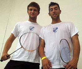 Photo: Os dois atletas da Areco