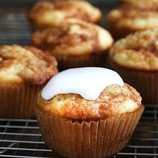 Gluten Free Cinnamon Roll Cupcakes.