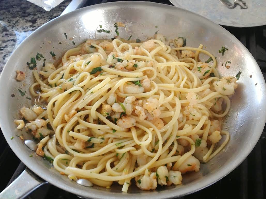 Linguine with Shrimp Scampi just prior to serving