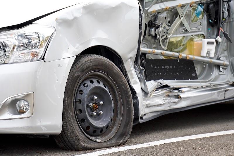 対物賠償保険は他人の財産への損害が賠償対象