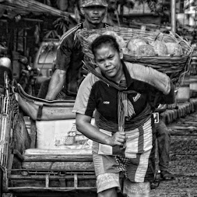 by Ayah Adit Qunyit - Professional People Factory Workers ( , woman, b&w, portrait, person )