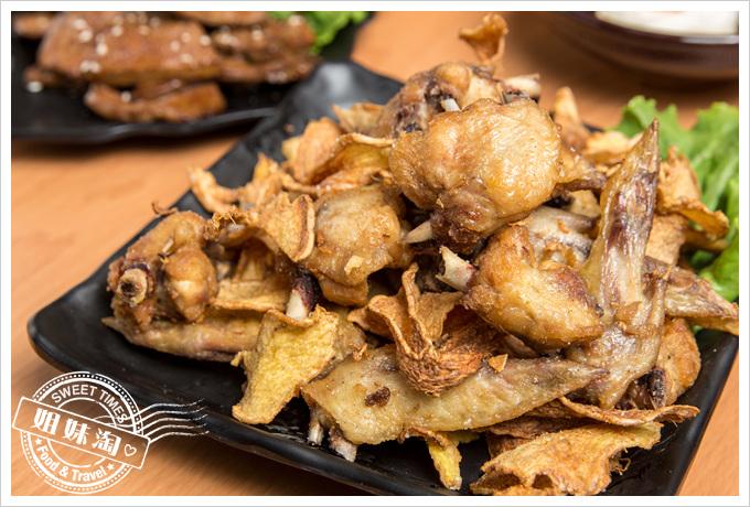 蠔蝦先生薑煸雞翅
